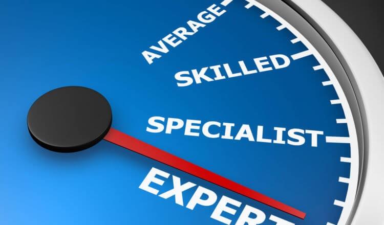expert-shutterstock_527436790-750x600